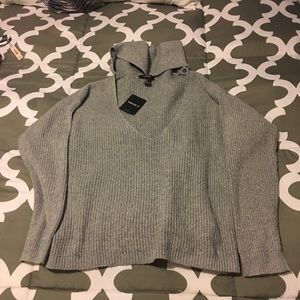 Brand New Forever 21 sweater size M ,